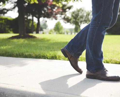 walking cu